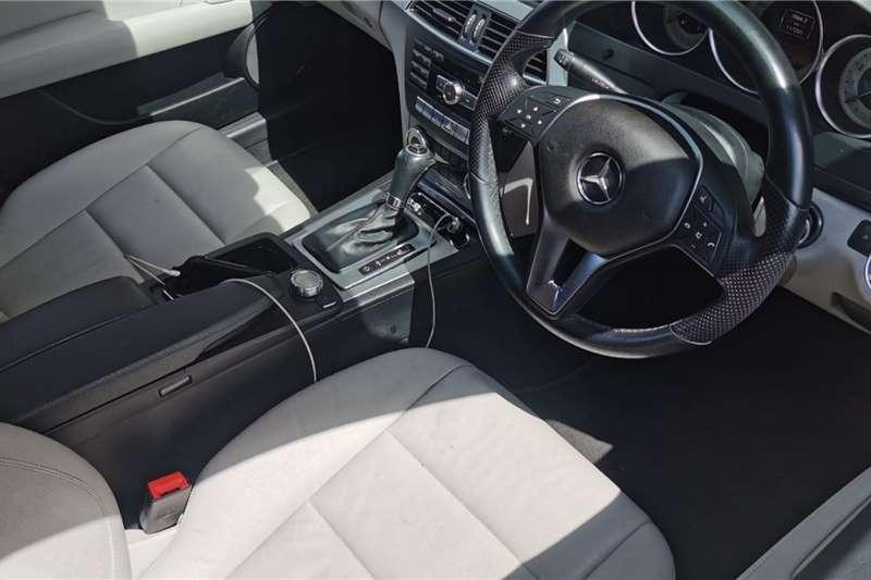 Mercedes Benz C-Class Sedan C180 A/T 2012