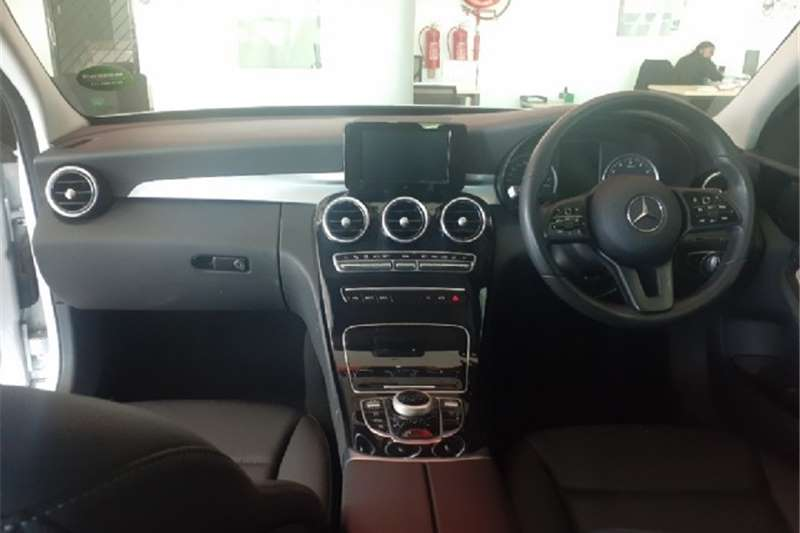 Mercedes Benz C-Class Sedan C180 A/T 2019
