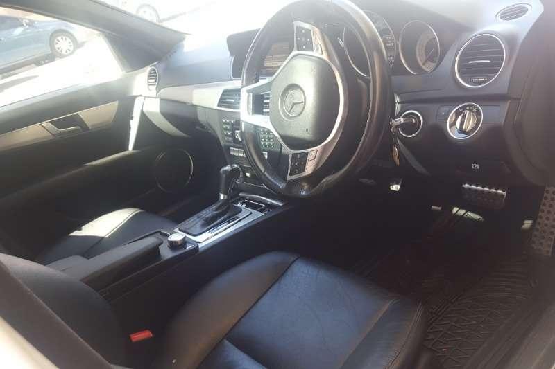 Mercedes Benz C-Class Sedan C180 AVANTGARDE A/T 2013