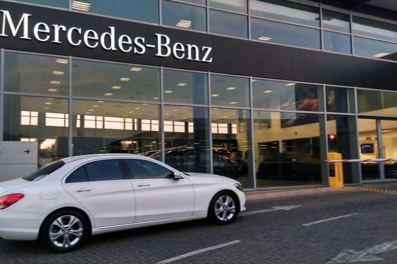 Mercedes Benz C-Class Sedan C180 AVANTGARDE A/T 2016