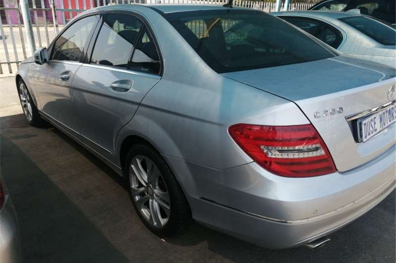 Mercedes Benz C-Class Sedan C200 2011