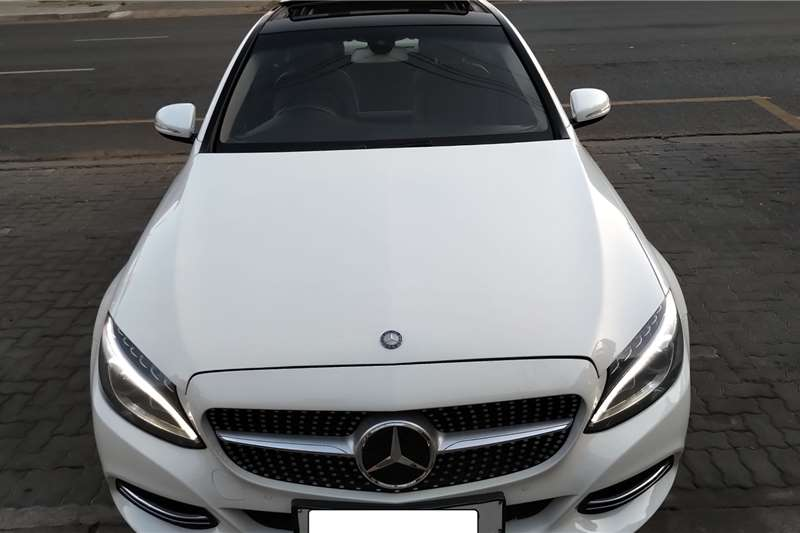Mercedes Benz C-Class Sedan C220d A/T 2015