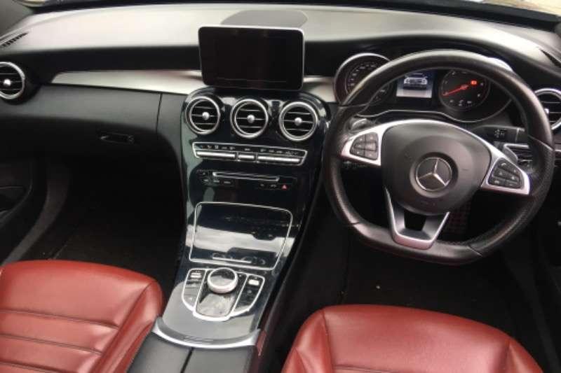 Mercedes Benz C-Class Sedan C220d A/T 2016