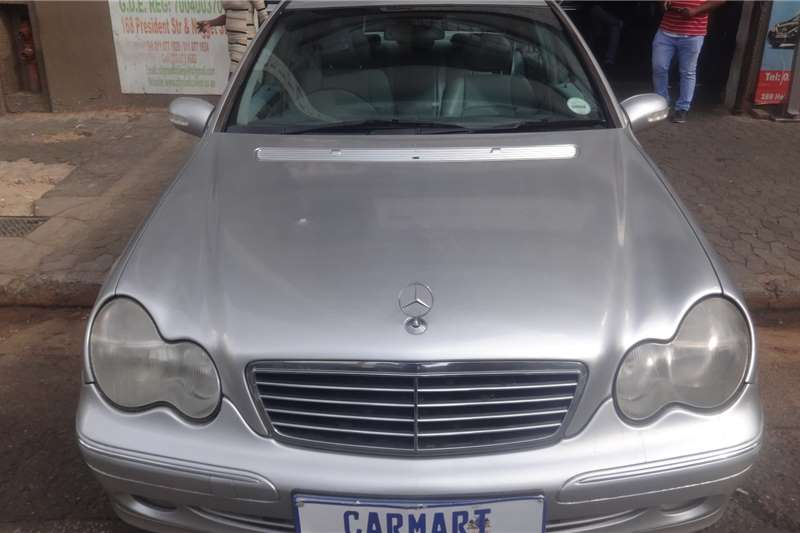Mercedes Benz C-Class Sedan C270 CDi AVANTGARDE A/T 2002