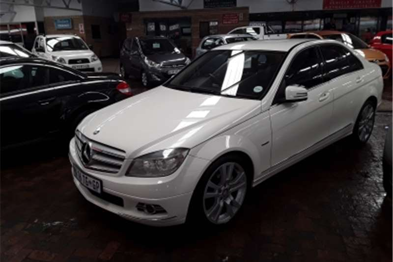 Mercedes Benz C-Class Sedan C270 CDi AVANTGARDE A/T 2010