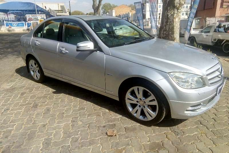 2011 Mercedes Benz C-Class sedan C200 A/T