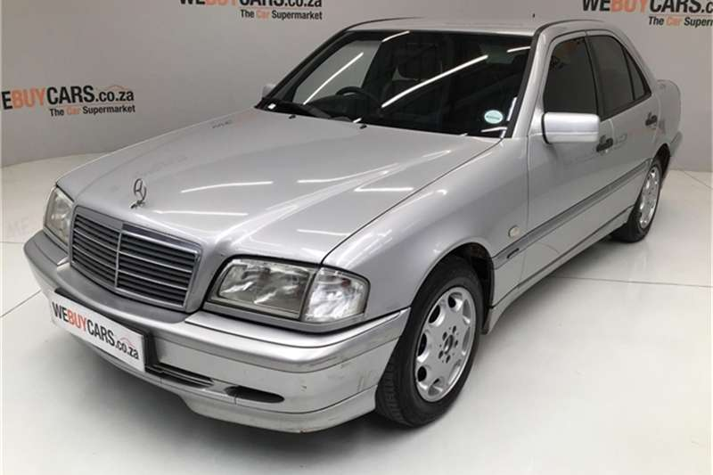 2000 Mercedes Benz C-Class sedan
