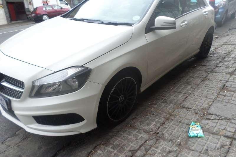 Mercedes Benz CLA 180 2014