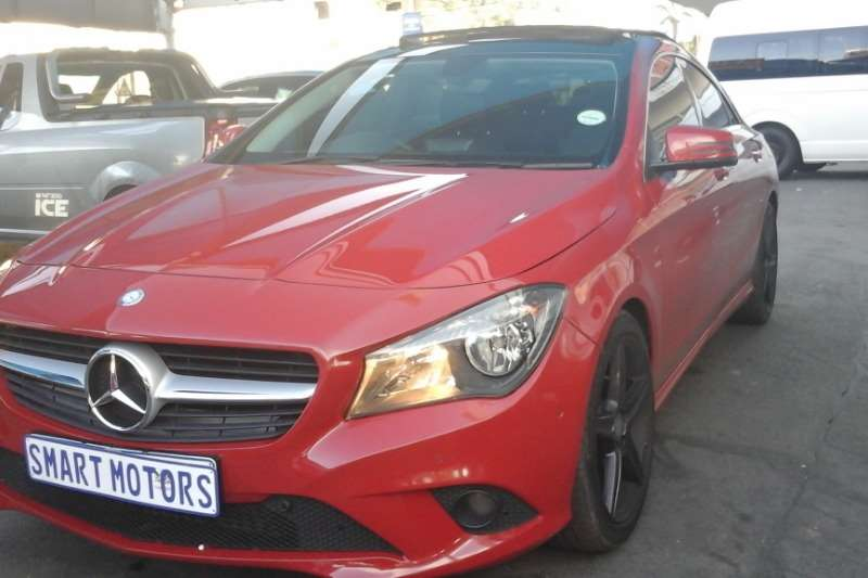 Mercedes Benz CLA 200 2014