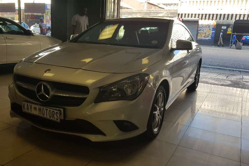 Mercedes Benz CLA 200 2015
