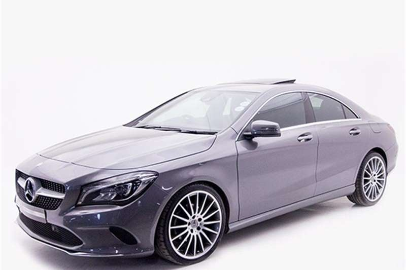 Mercedes Benz CLA 200 2016