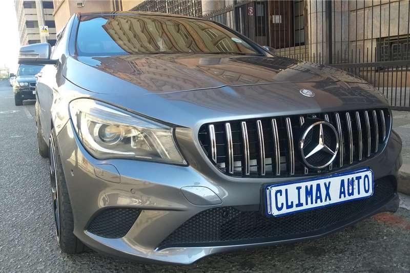 Mercedes Benz CLA 200 A/T 2013