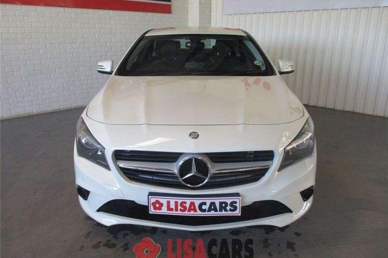 Mercedes Benz CLA 200 A/T 2015