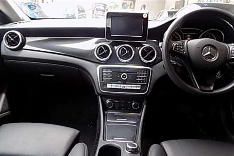 Mercedes Benz CLA 200 A/T 2018