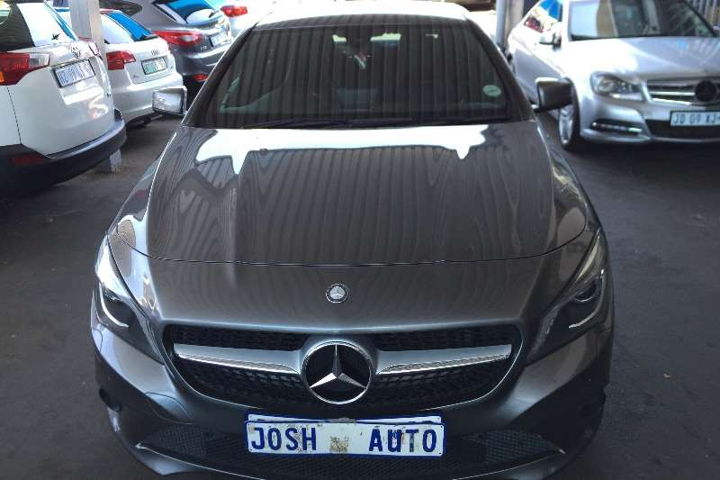 Mercedes Benz CLA 200d 2015