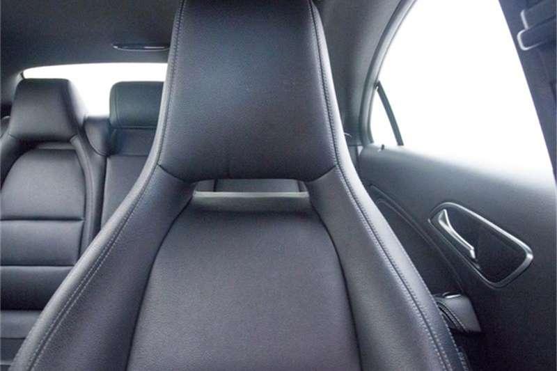 Mercedes Benz CLA 220d 2016