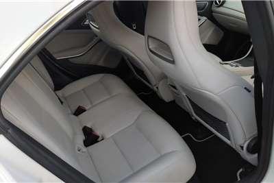 Mercedes Benz CLA 220d A/T 2015