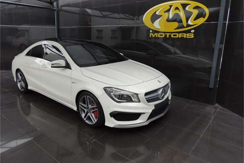 Mercedes Benz CLA 45 AMG 4Matic 2015