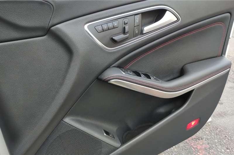 Mercedes Benz CLA 45 AMG 4Matic 2015