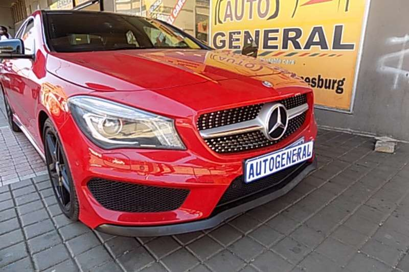 Mercedes Benz CLA C200 2016