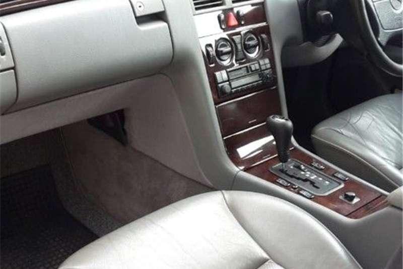 Mercedes Benz E Class E300 estate Elegance 1997