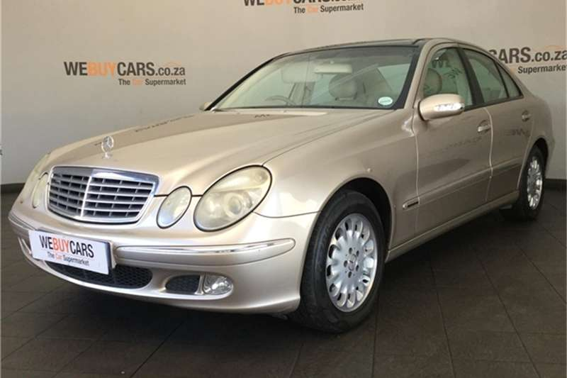 Mercedes Benz E-Class Sedan 2003