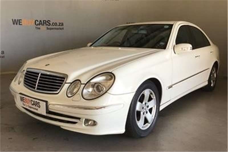 Mercedes Benz E-Class sedan 2004