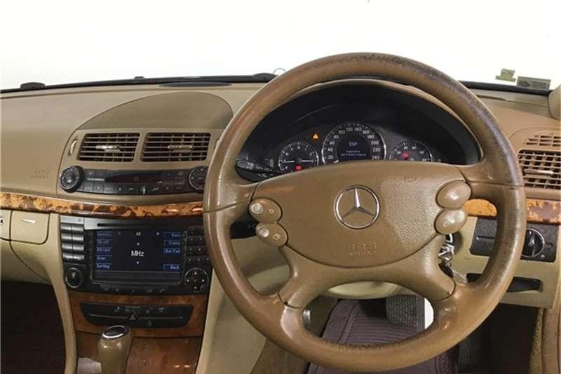 Mercedes Benz E-Class sedan 2006