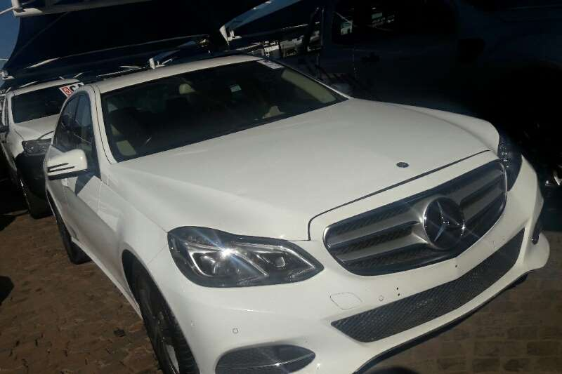 Mercedes Benz E-Class Sedan 2014