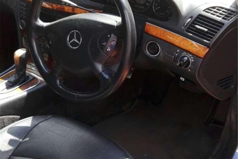 Mercedes Benz E-Class Sedan E 200 2005