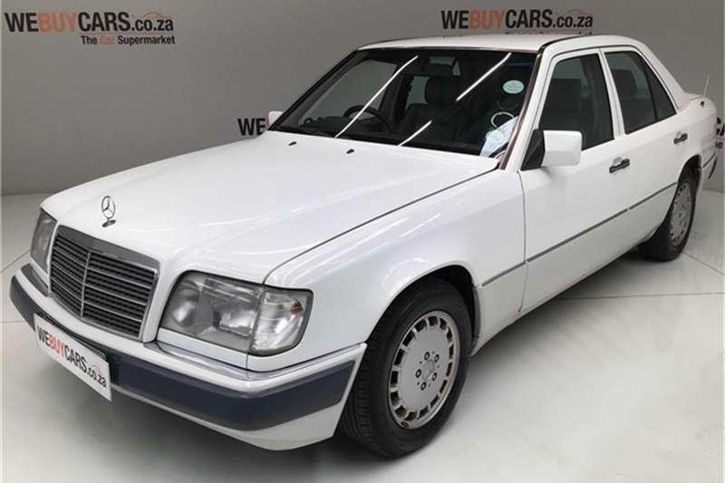1994 Mercedes Benz E-Class sedan