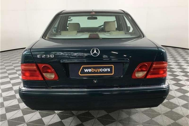 1998 Mercedes Benz E-Class sedan