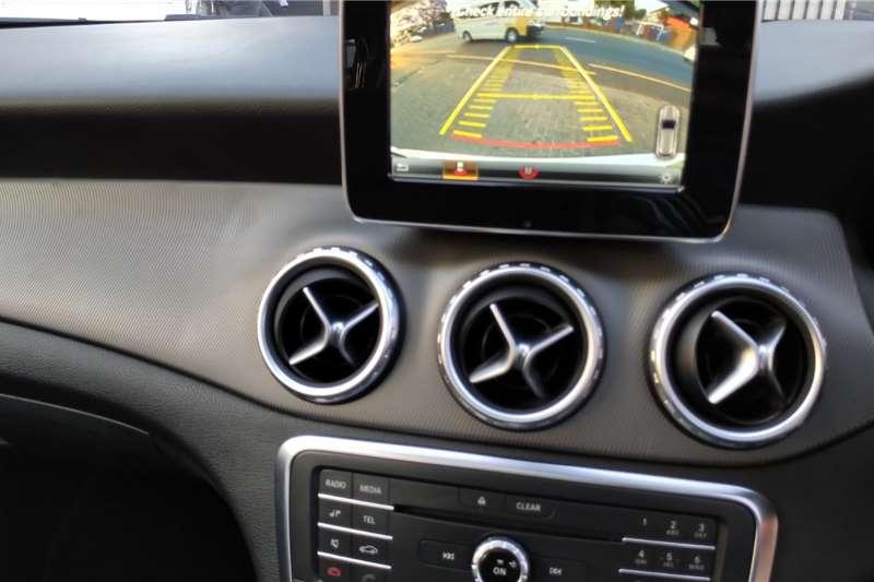 Mercedes Benz GLA 200 A/T 2016
