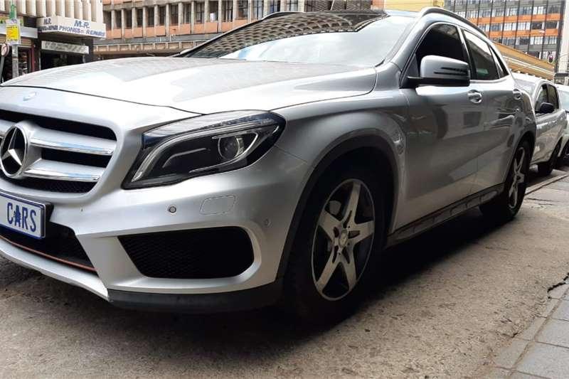 Mercedes Benz GLA 200CDI 2015