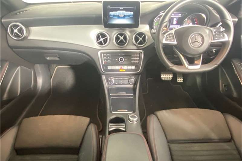 2017 Mercedes Benz GLA GLA200d auto