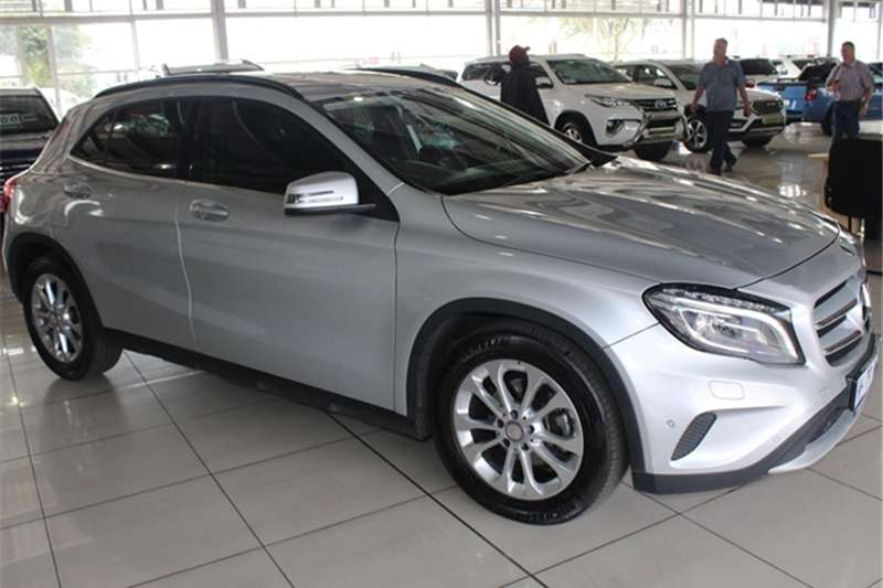 Mercedes Benz GLA 220CDI 4Matic 2014