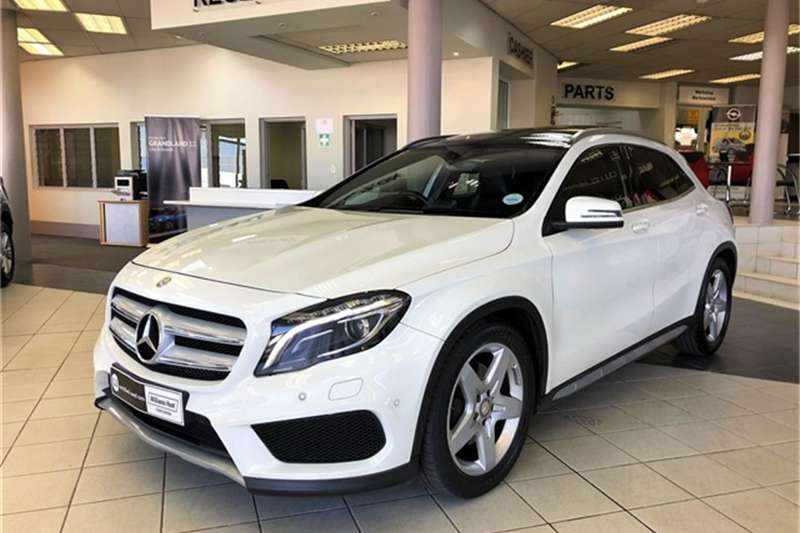 Mercedes Benz GLA 250 4Matic 2015