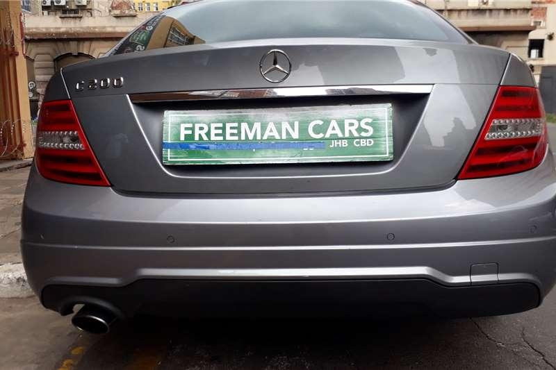 0 Mercedes Benz