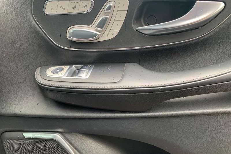 Mercedes Benz V-Class V220 CDI AVANTGARDE A/T 2016