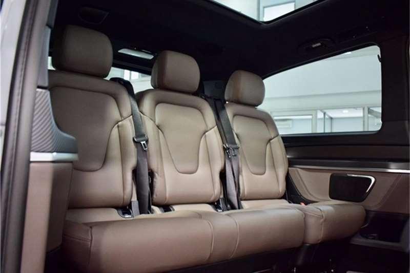 Mercedes Benz V Class V300d Avantgarde AMG Line 2020