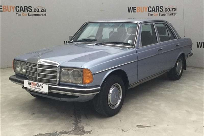 Mercedes Benz W123 SHAPE SEDAN 1982