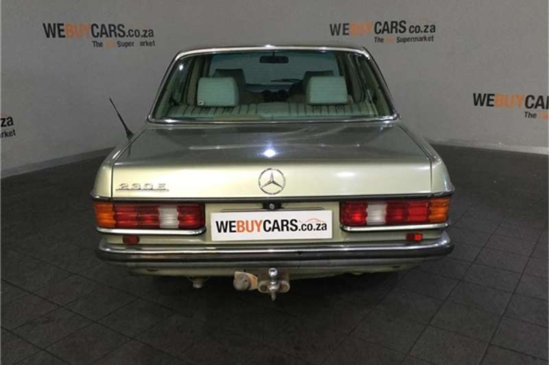 Mercedes Benz W123 SHAPE SEDAN 1984