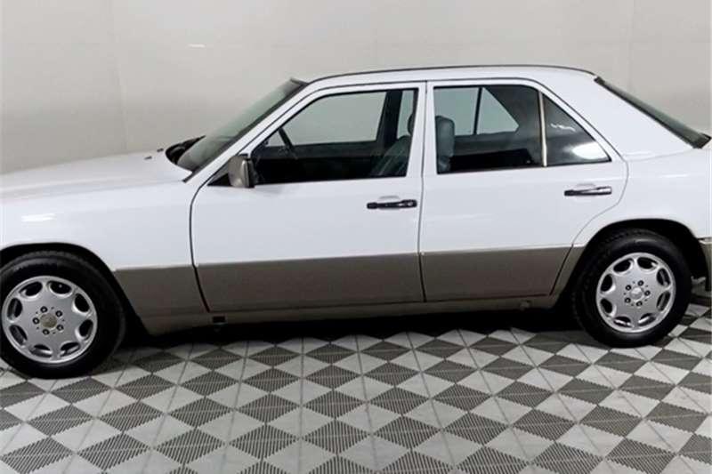 1990 Mercedes Benz