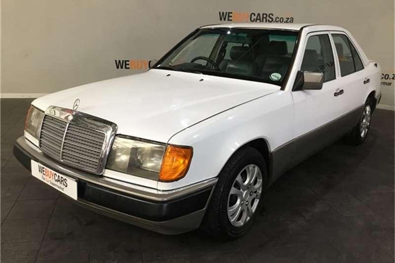 Mercedes Benz W124 Shape Sedan 1991