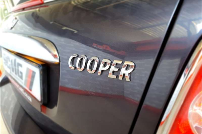 Mini Convertible Cooper 2012