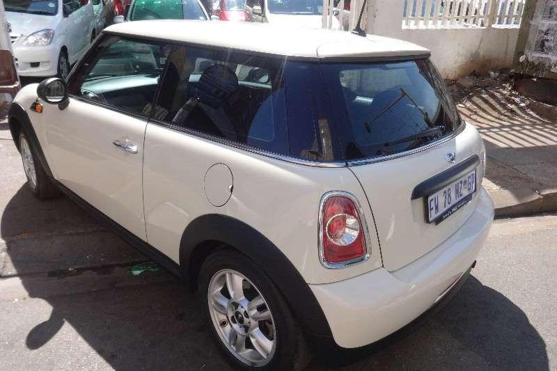 Mini Cooper 1.6 2012