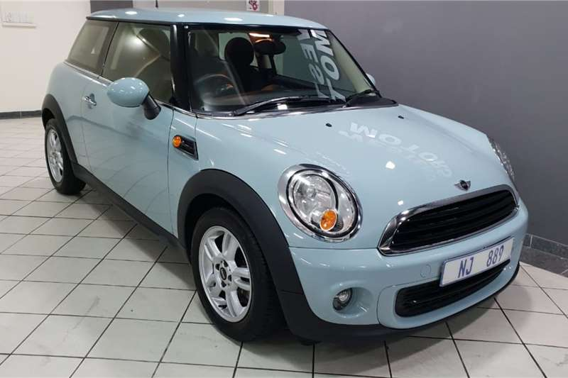 Mini Hatch 3-door COOPER A/T 2013
