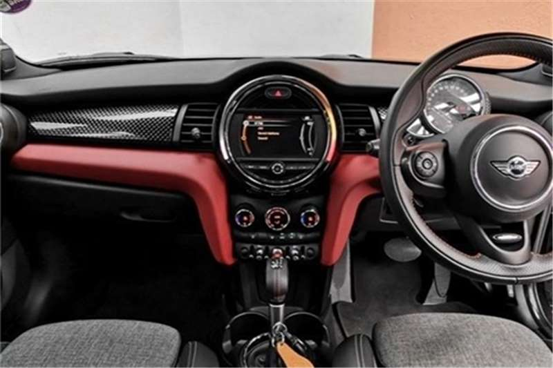 Mini Hatch 5-door COOPER S 5DR A/T (XU92) 2018