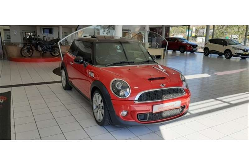 Mini Hatch Cooper S steptronic 2014