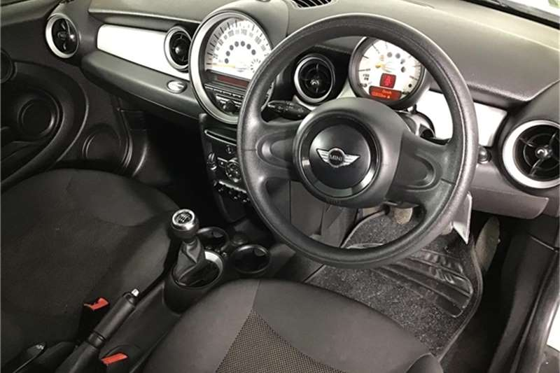 Mini Hatch One 2012